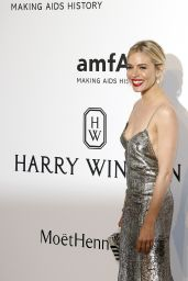 Sienna Miller – 2015 amfAR Cinema Against AIDS Gala in Antibes (France)