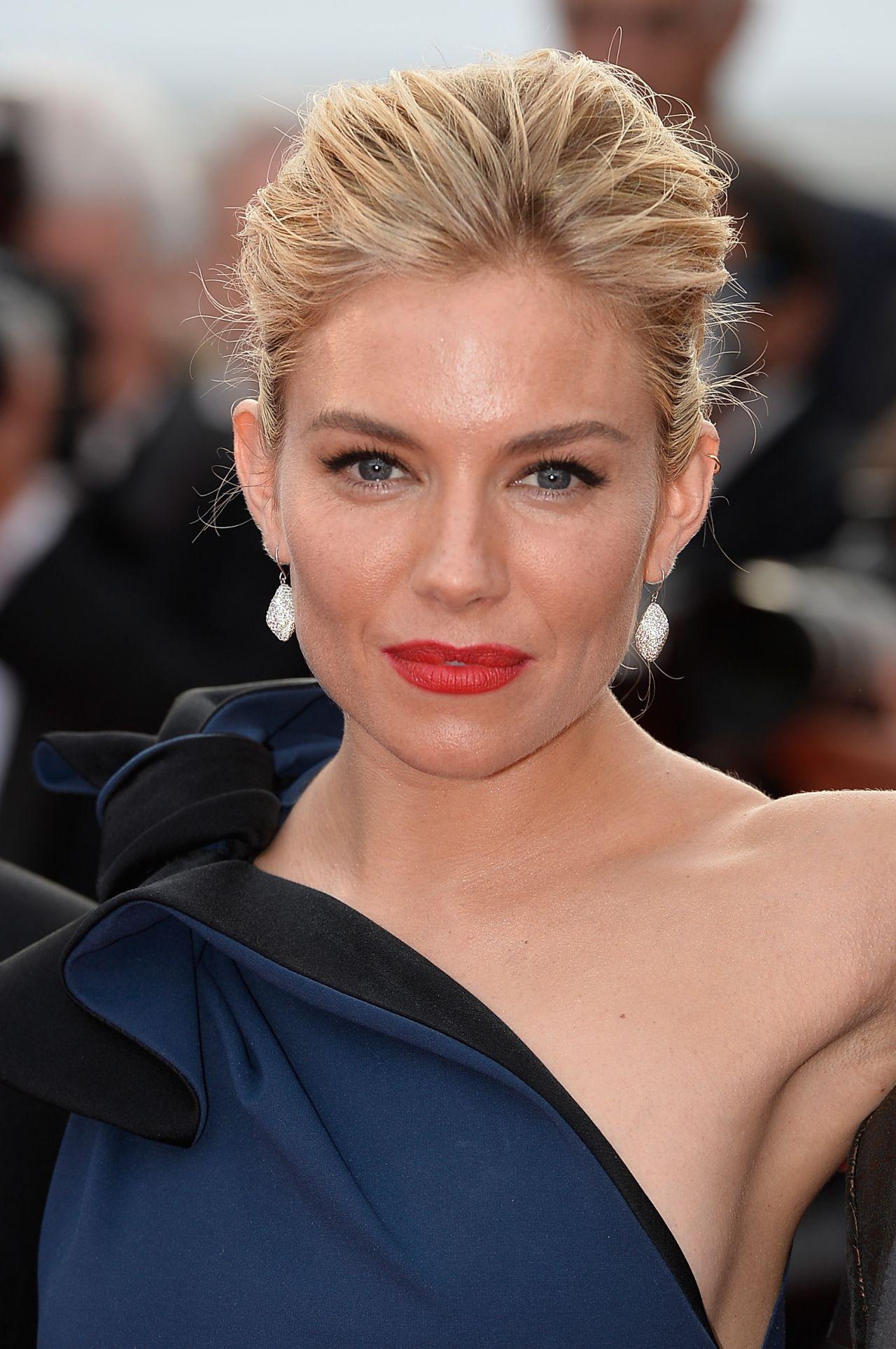 Sienna Miller La Tete Haute Premiere 2015 Cannes Film