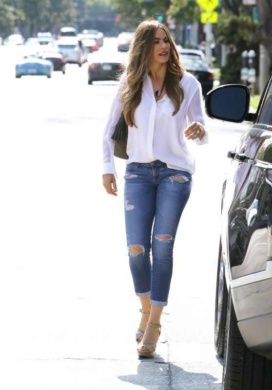 Sofía Vergara - Out in Beverly Hills, May 2015