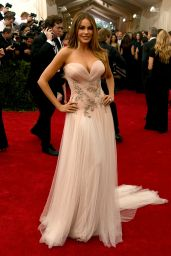 Sofia Vergara – Costume Institute Benefit Gala in New York City, May 2015