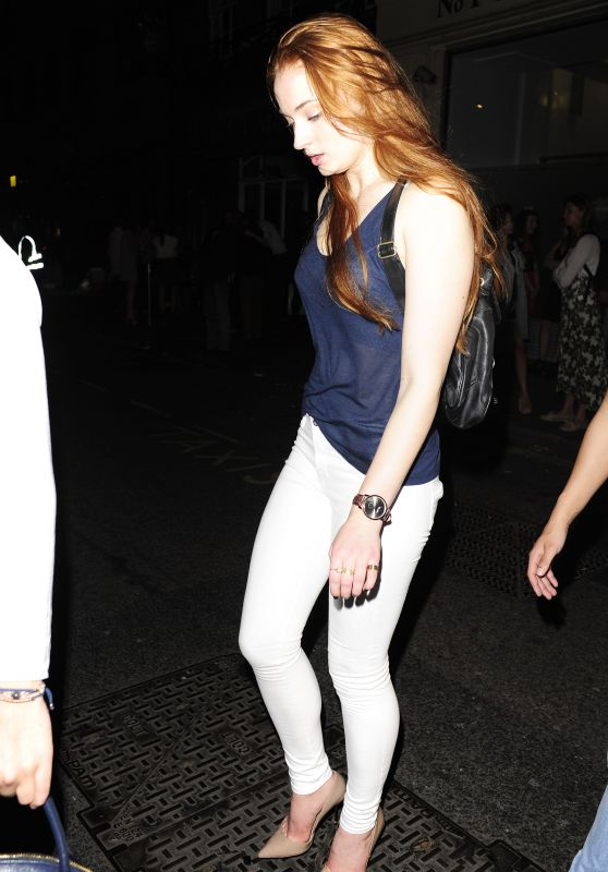 Sophie Turner Leaving Mahiki Nightclub in Mayfair in London - May 2015