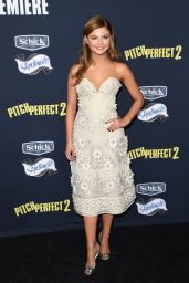 Stefanie Scott - Pitch Perfect 2 Premiere in Los Angeles