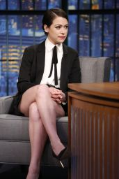 Tatiana Maslany - Late Night with Seth Meyers, May 2015