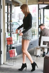 Taylor Swift - Out in Beverly Hills, May 2015
