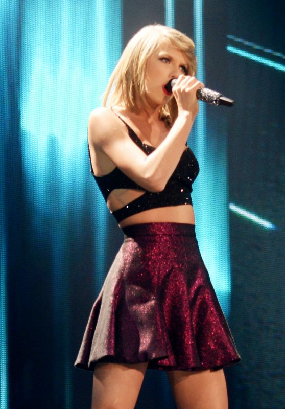 Taylor Swift Performs at the 1989 World Tour at the CenturyLink Center in Bossier City, Louisiana