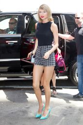 Taylor Swift Shows Off Her Legs in a Pair of Short Shorts - New York City - May 2015