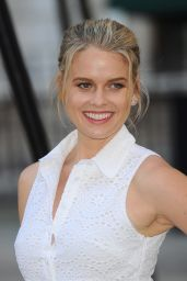 Alice Eve - 2015 Royal Academy of Arts Summer Exhibtion in London