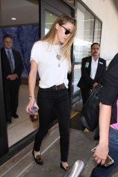 Amber Heard Airport Style - LAX, June 2015