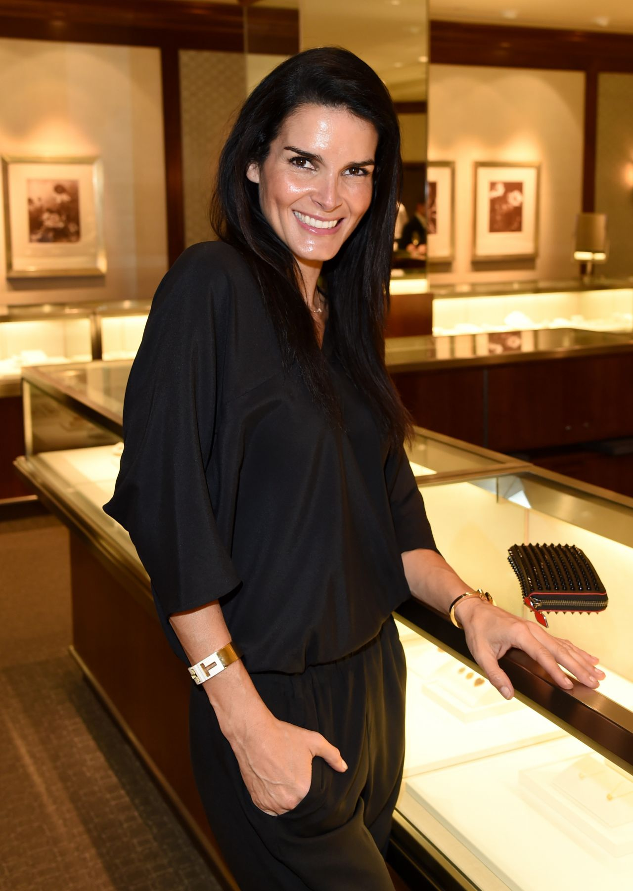 Angie Harmon Tiffany Amp Co And Women In Film Celebrate
