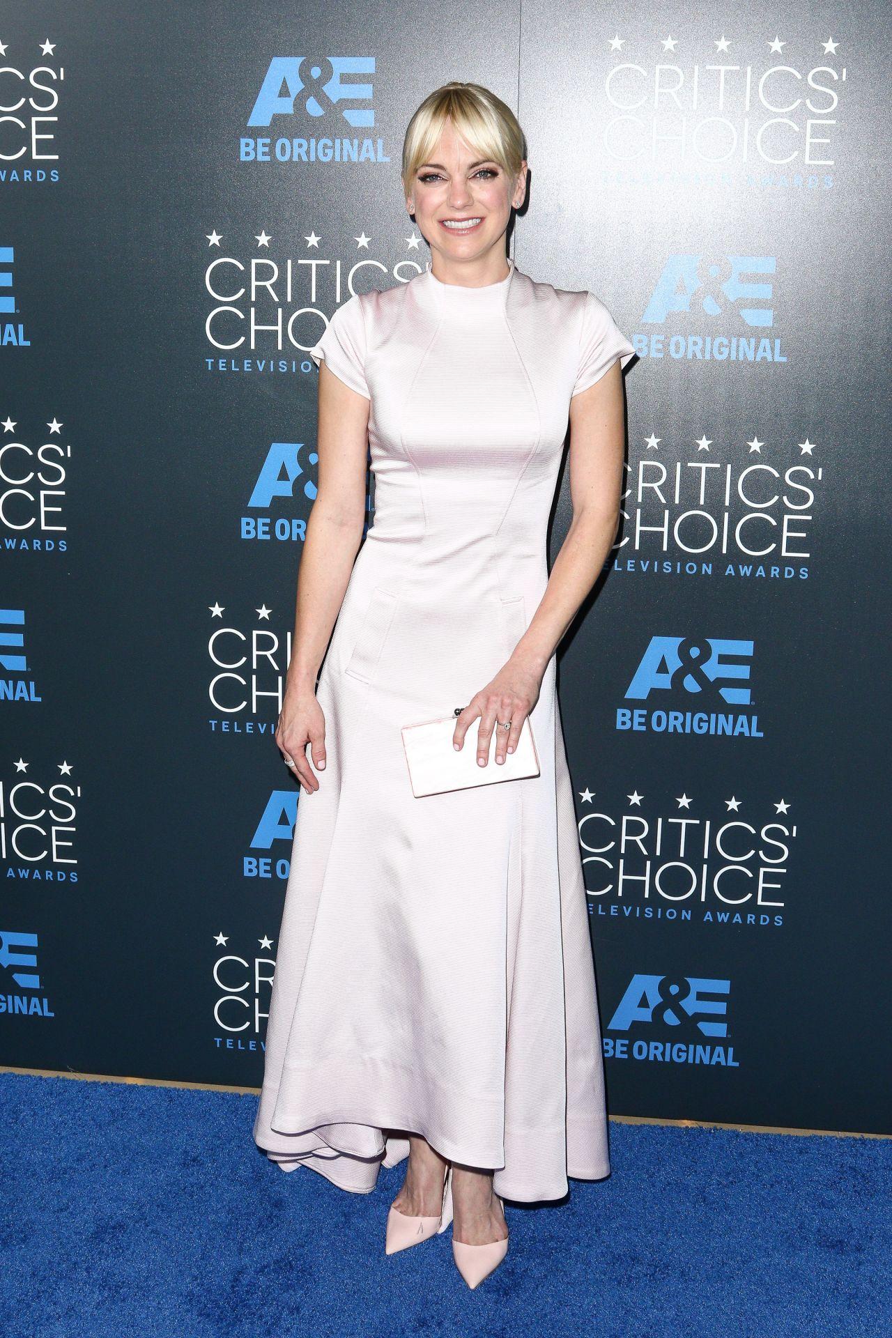 Anna Faris 2015 Critics Choice Television Awards In