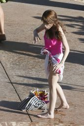 Anna Kendrick In A Bathing Suit At A Pool In Hawaii June 2015