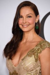 Ashley Judd – 2015 CFDA Fashion Awards in New York City