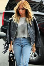 Ashley Tisdale Casual Style -