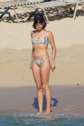 Aubrey Plaza Bikini Candids in Hawaii, June 2015