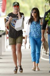 Britney Spears - Out in Thousand Oaks, June 2015