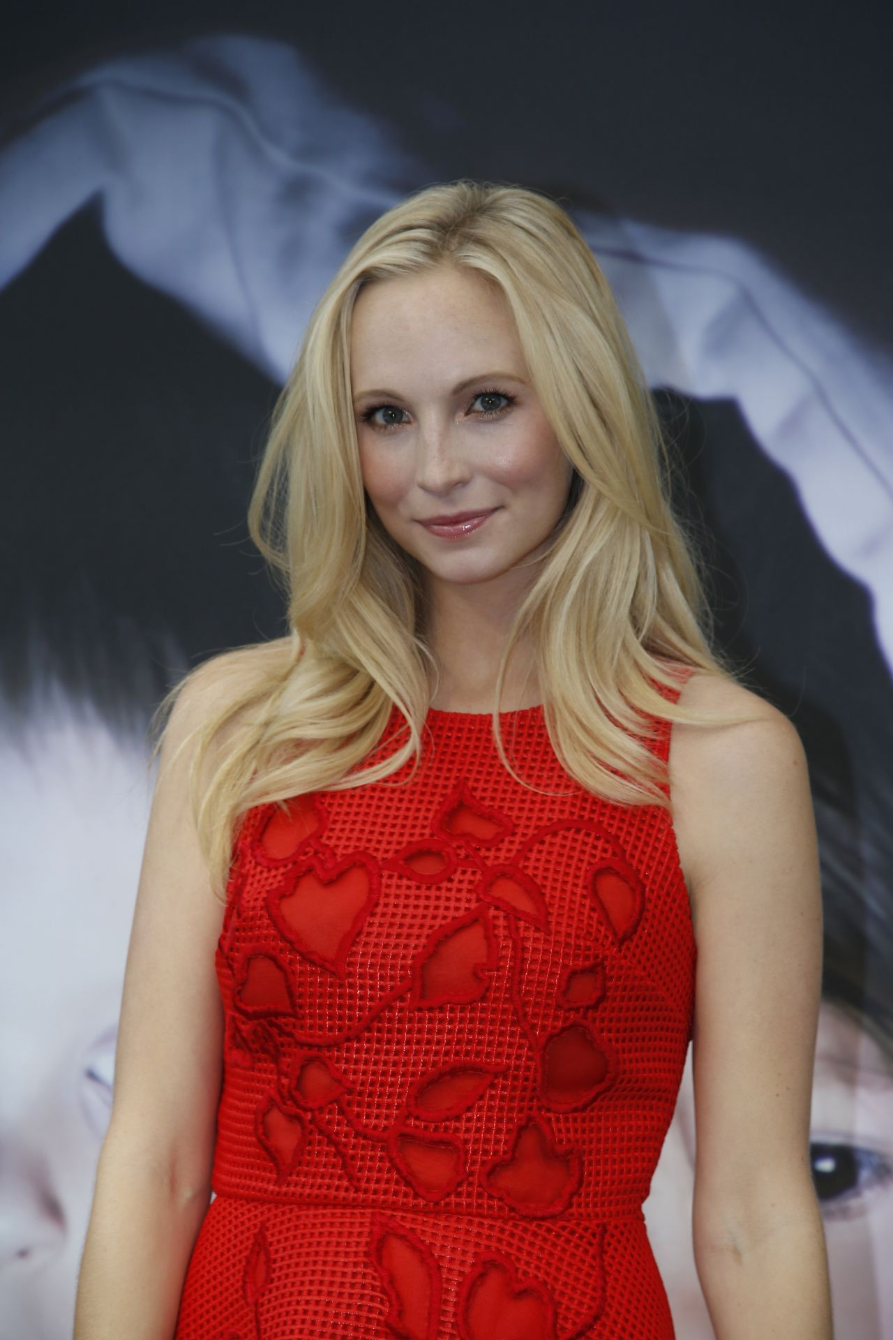 Who has candice accola dating