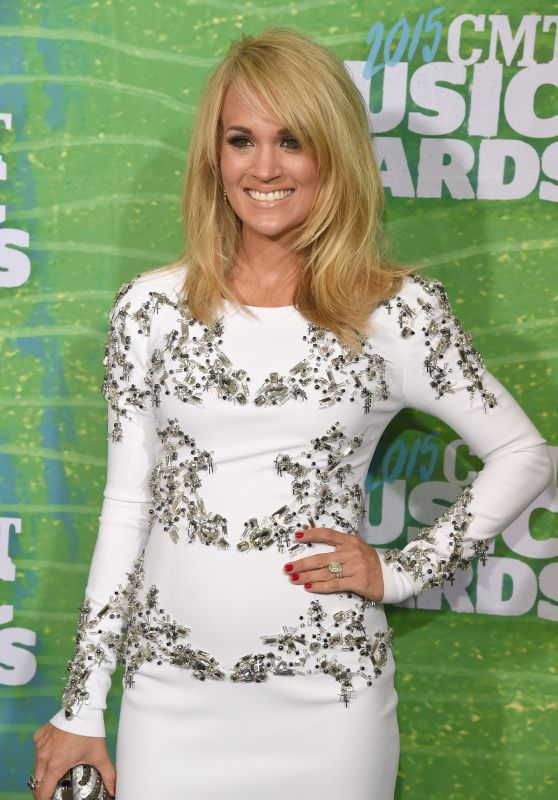 Carrie Underwood - 2015 CMT Music Awards in Nashville