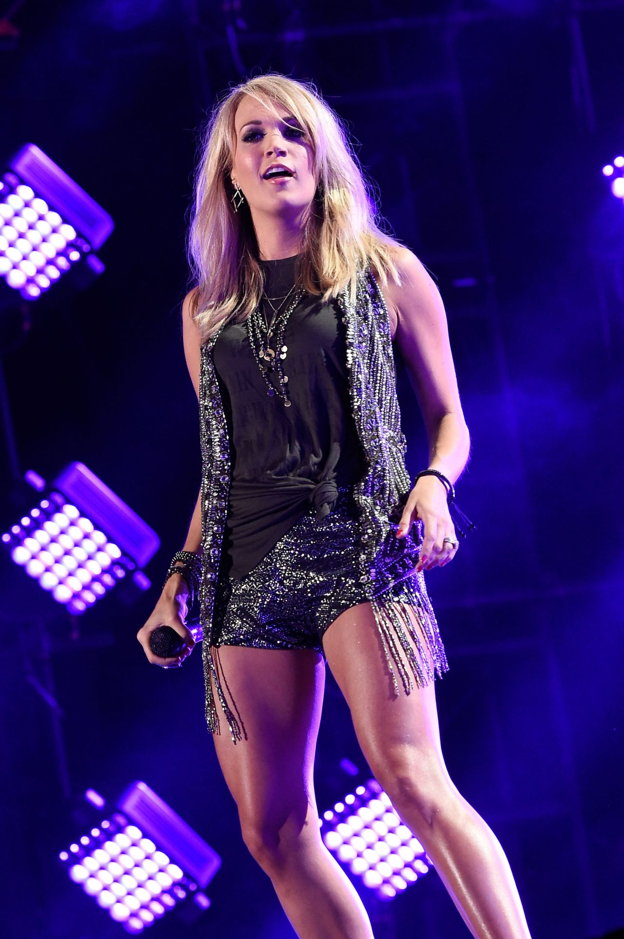 Carrie Underwood Performing at the CMA Festival in Nashville, June ...