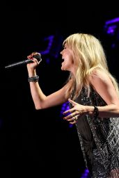 Carrie Underwood Performing at the CMA Festival in Nashville, June 2015