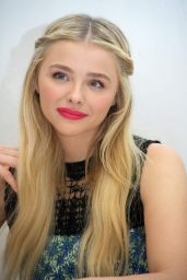 Chloe Moretz - The 5th Wave Press Conference Portraits The Ritz-Carlton in Cancun