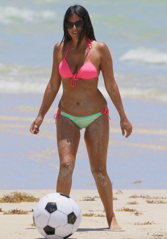 Claudia Romani Bikini Pics, Miami, June 2015