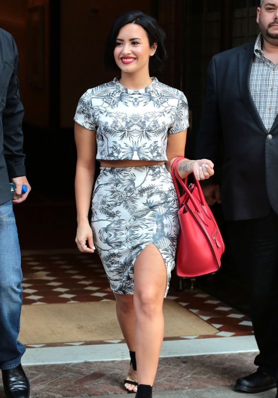 Demi Lovato - Leaving Her Hotel in New York City, June 2015