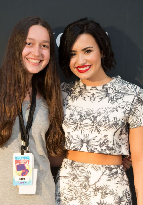 Demi Lovato - Meet and Greet at DigiFest in New York, June 2015