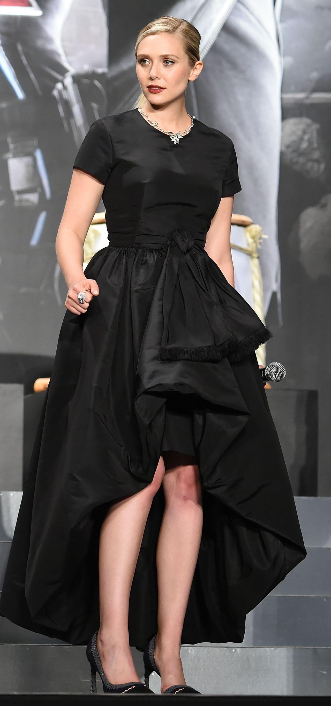 Elizabeth Olsen Avengers Age Of Ultron Premiere In Tokyo