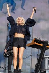 Ellie Goulding Performing at 2015 British Summer Time Festival in London