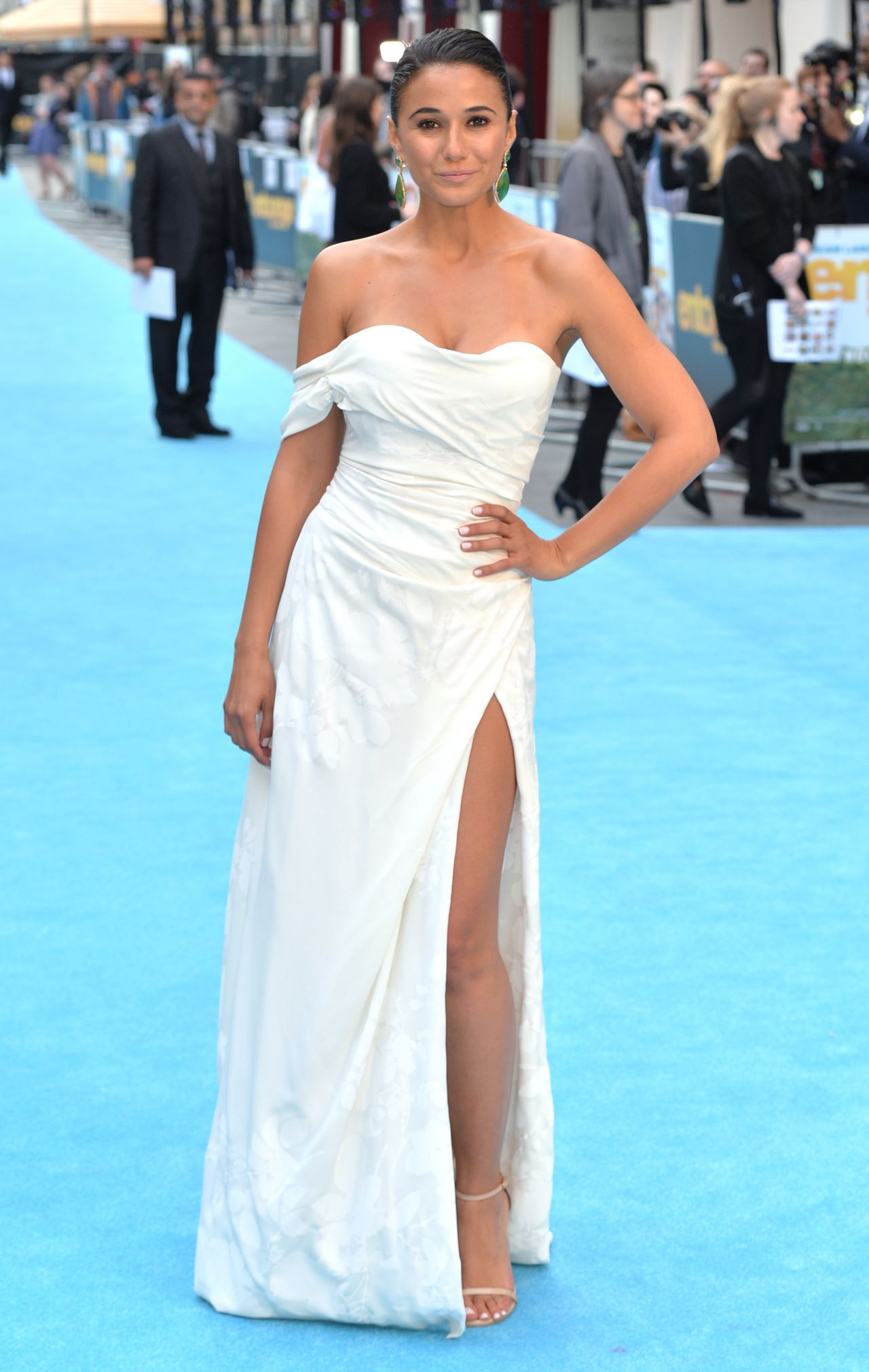 Emmanuelle Chriqui Entourage Premiere In London