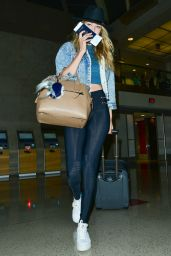 Gigi Hadid at LAX Airport, June 2015