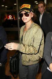 Hailey Baldwin Airport Style - Arriving in Sydney, June 2015