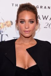 Hannah Davis - 2015 Fragrance Foundation Awards in NYC