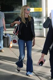 Heidi Klum - JFK airport in NYC, June 2015