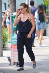 Hilary Duff Street Style - Beverly Hills, June 2015