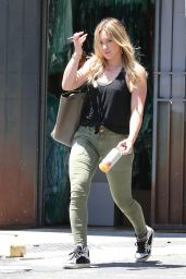 Hilary Duff Street Style - Heading to a Dance Studio in Hollywood, June 215
