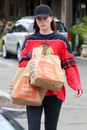 Ireland Baldwin - Shopping in Malibu, June 2015