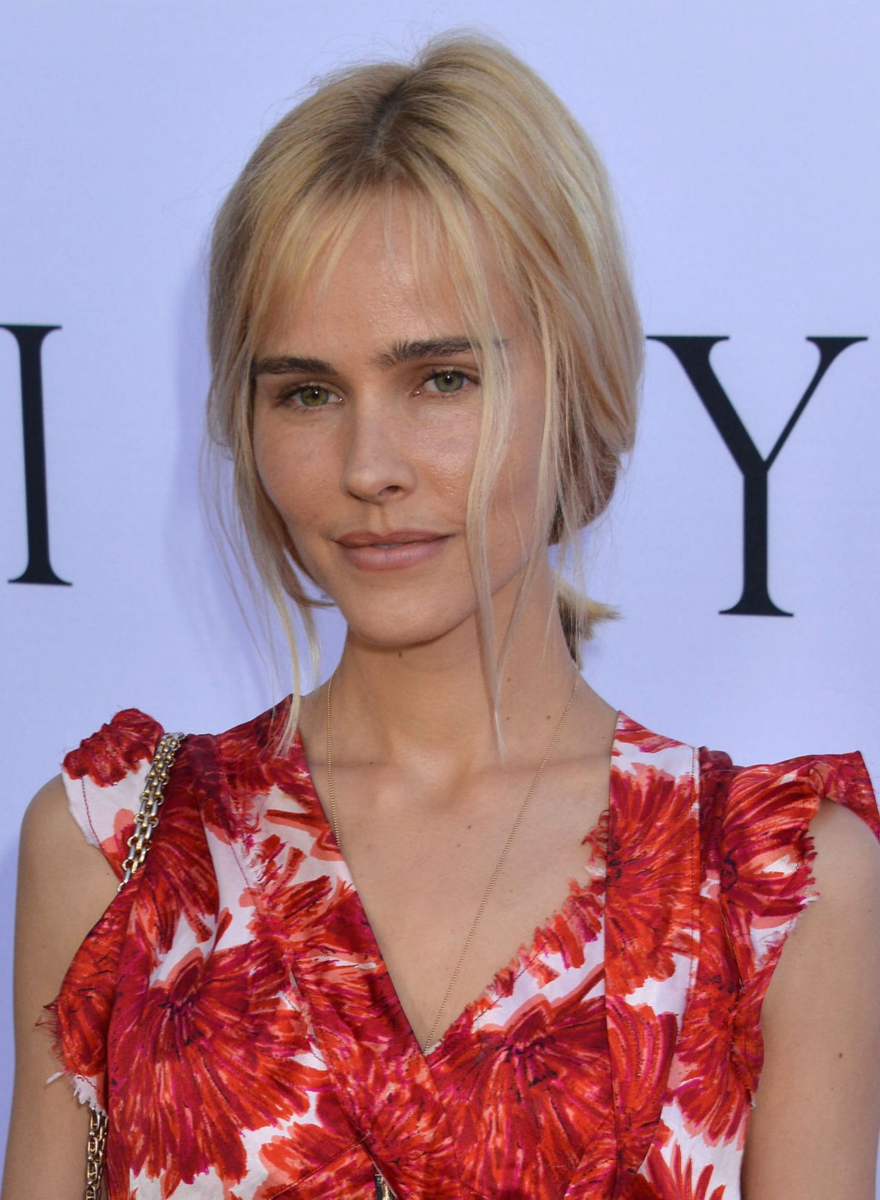 isabel lucas - photo #5