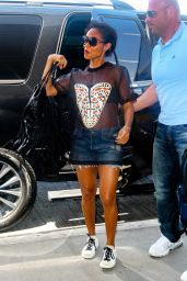 Jada Pinkett Smith Summer Airport Outfit - Los Angeles, June 2015