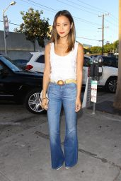 Jamie Chung in Jeans - Leaving Craig