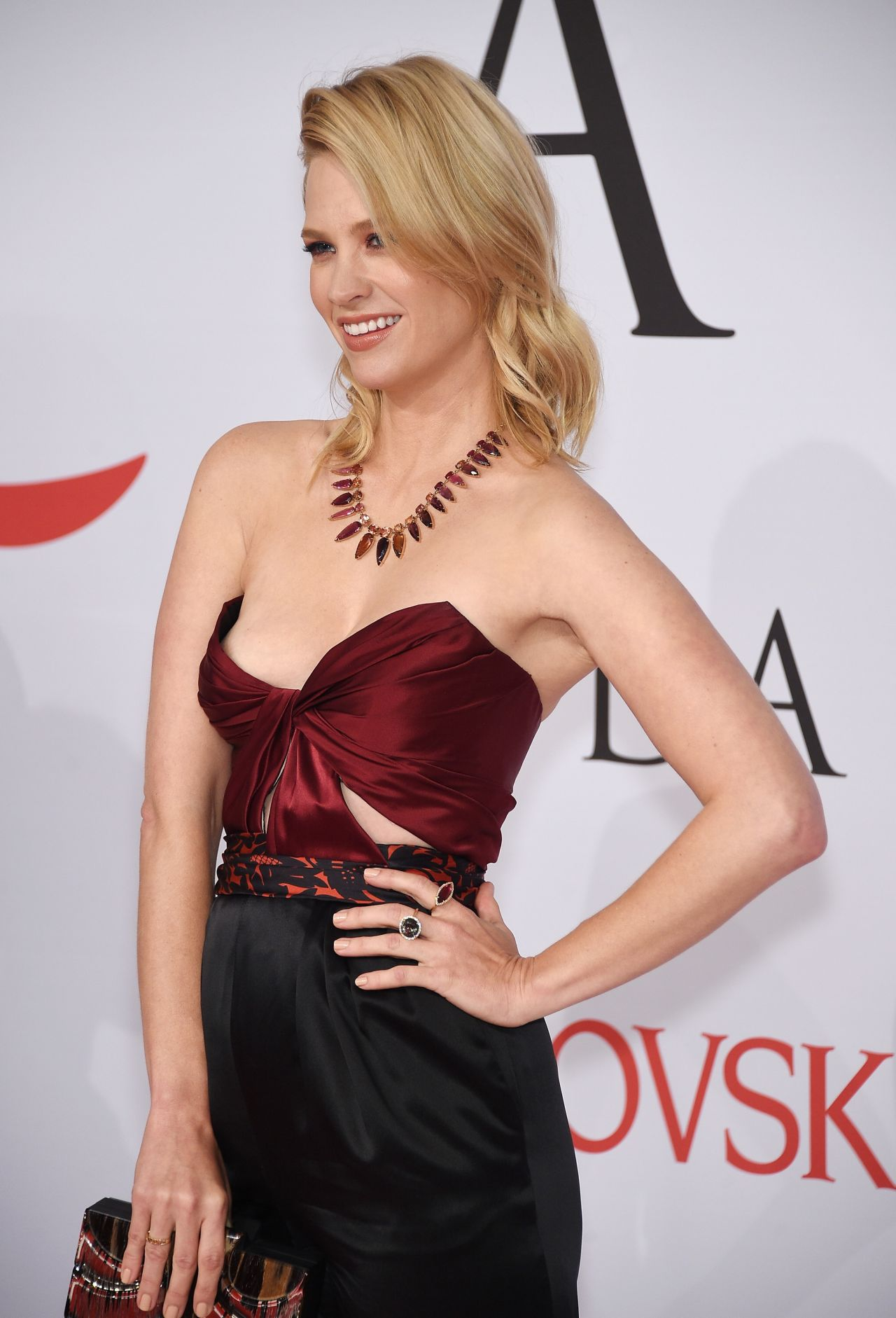 January Jones 2015 Cfda Fashion Awards In New York City