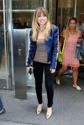 Jennette McCurdy - Leaving the SiriusXM Studios in NYC, June 2015