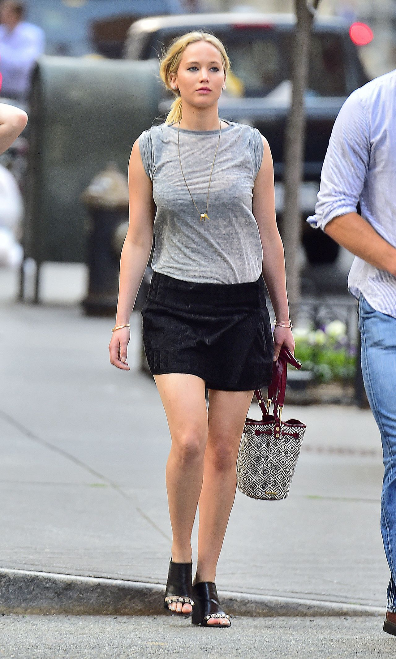 Jennifer Lawrence Shows Off Her Legs - Out In New York -6752