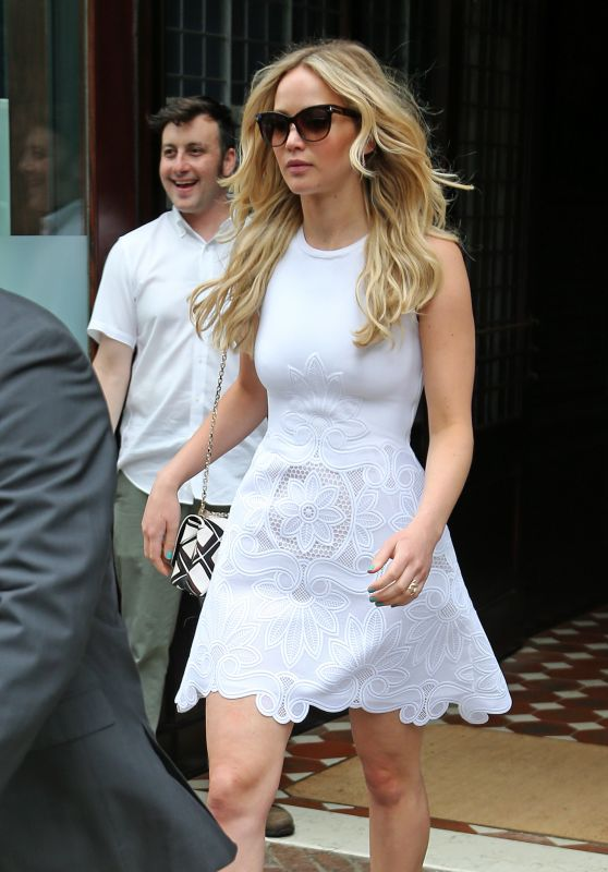 Jennifer Lawrence Style – New York City, June 2015