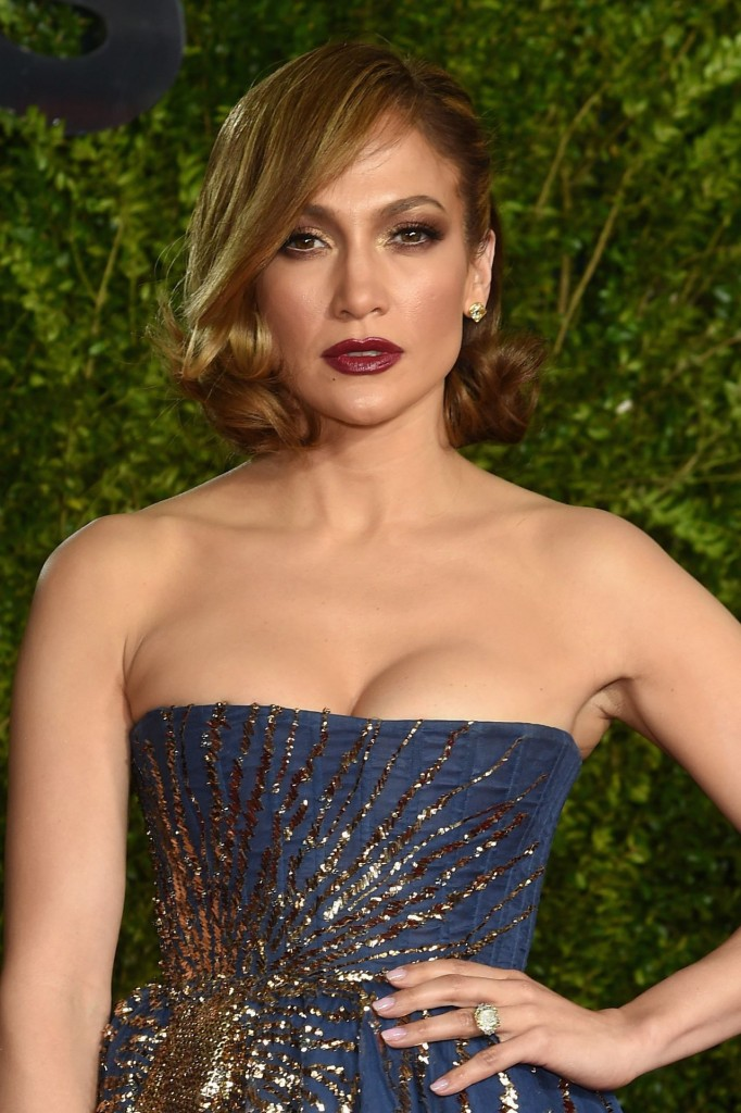 jennifer-lopez-2015-tony-awards-in-new-york-city_14