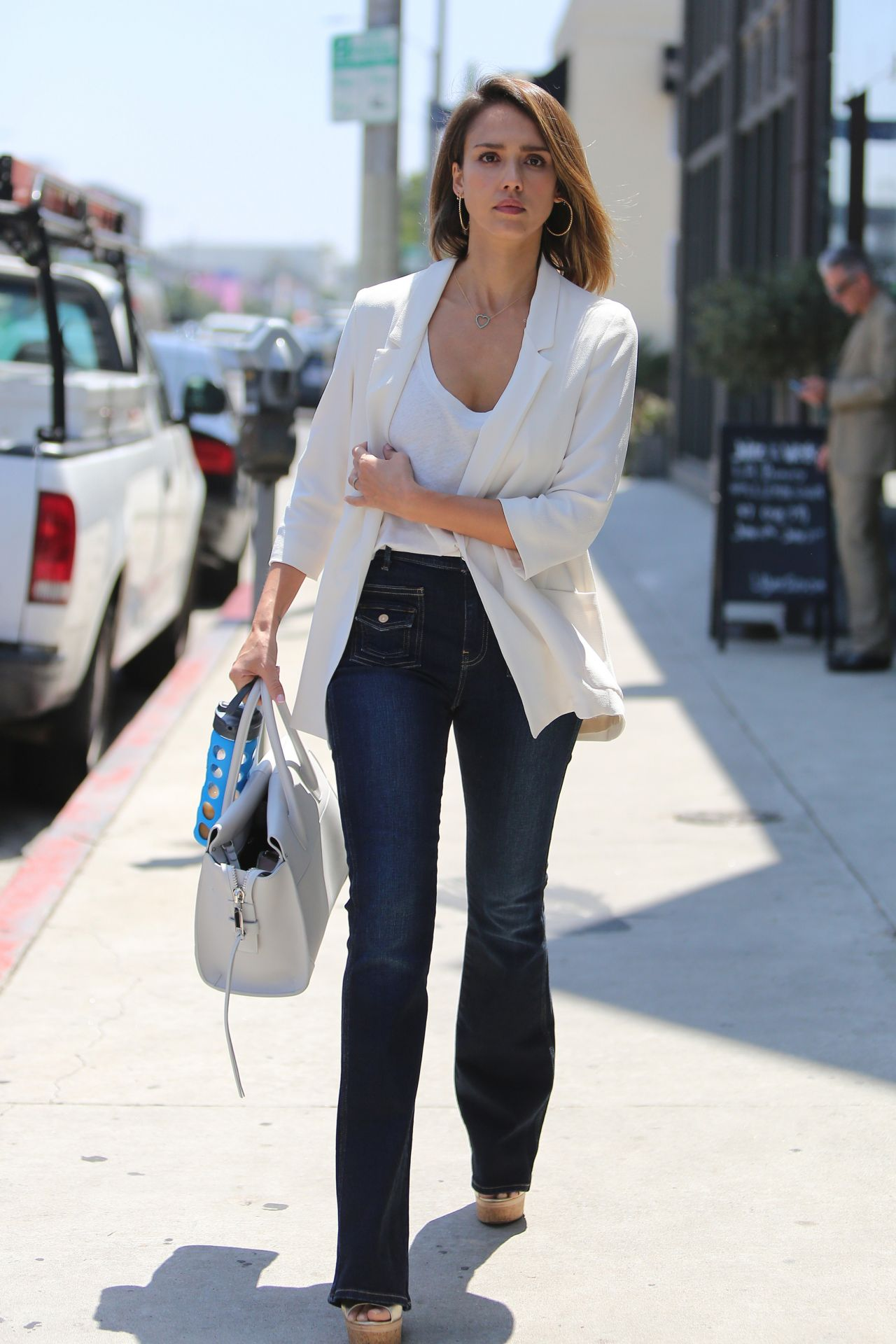 Jessica alba street style out in santa monica september 2014 hot girls wallpaper Jessica alba fashion and style