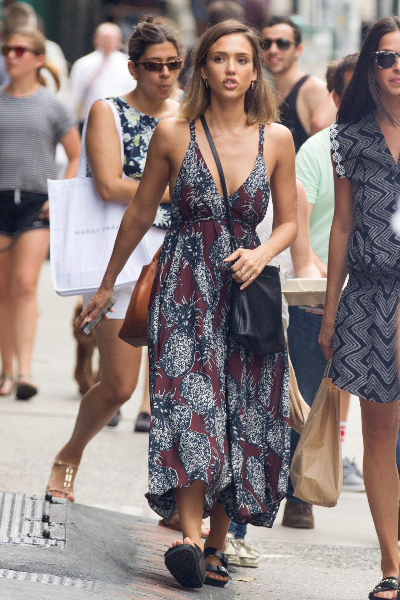 jessica alba summer style nyc june 2015