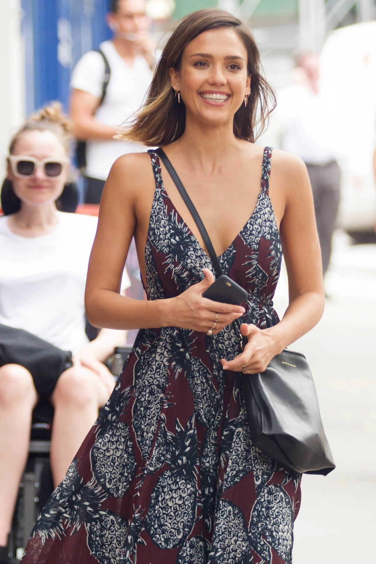 Jessica Alba Summer Style Nyc June 2015