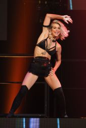 Julianne Hough Performing at MOVE Live on Tour in Hollywood, June 2015