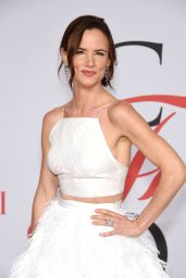 Juliette Lewis – 2015 CFDA Fashion Awards in New York City